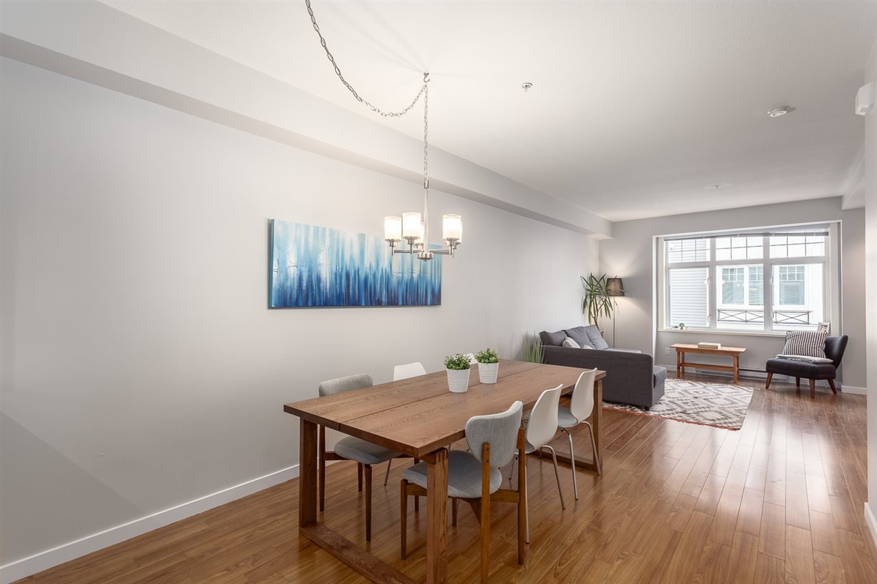 Photo 5: Photos: 3720 WELWYN STREET in Vancouver: Victoria VE Townhouse for sale (Vancouver East)  : MLS®# R2158013