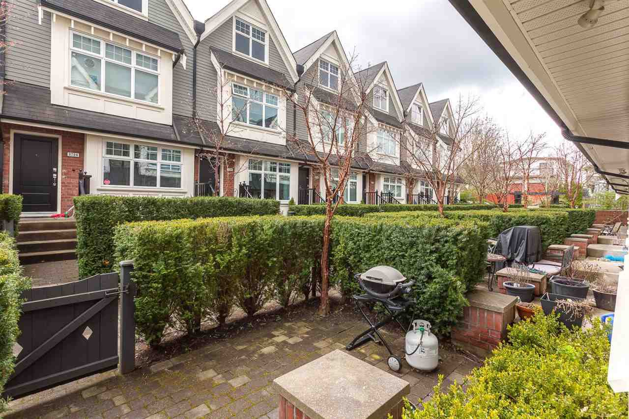 Photo 17: Photos: 3720 WELWYN STREET in Vancouver: Victoria VE Townhouse for sale (Vancouver East)  : MLS®# R2158013