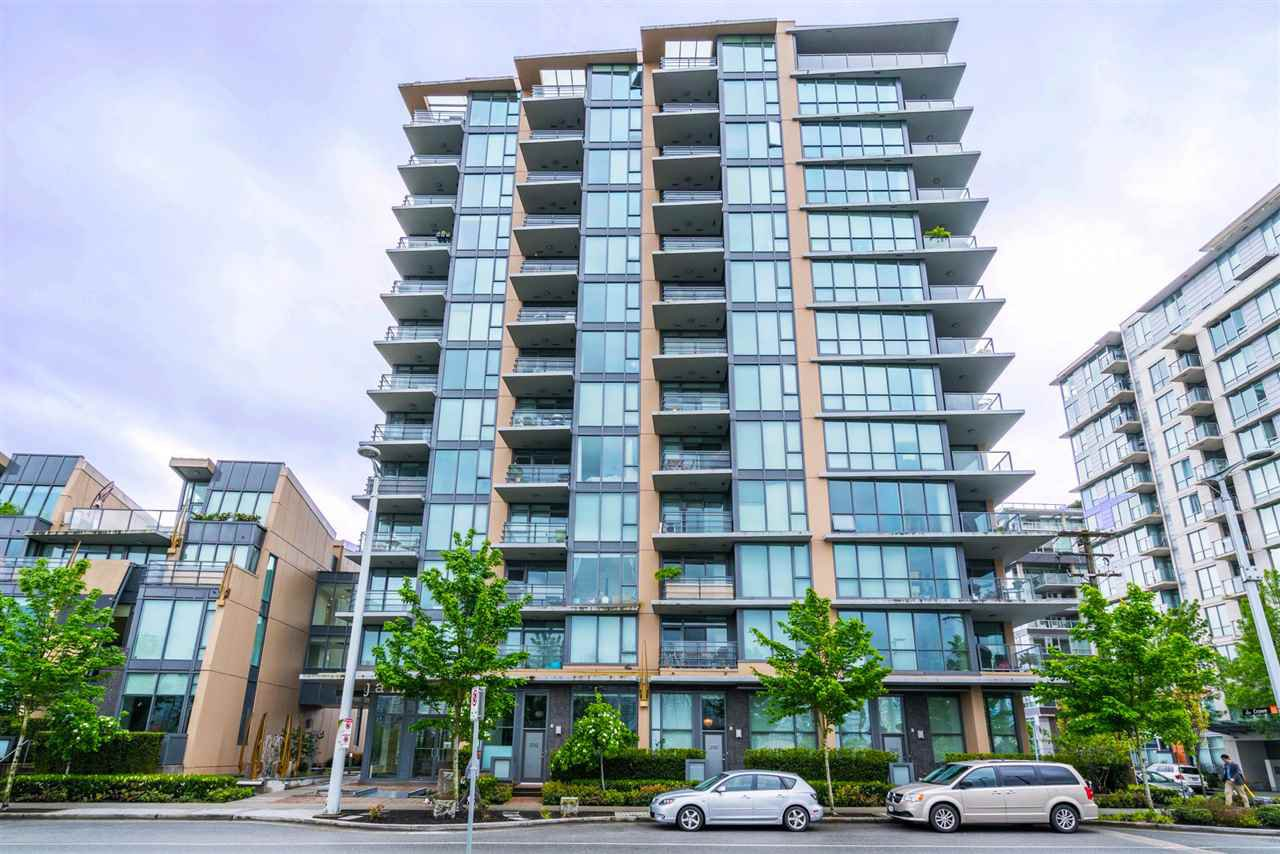 """Main Photo: 216 288 W 1ST Avenue in Vancouver: False Creek Condo for sale in """"JAMES"""" (Vancouver West)  : MLS®# R2166069"""
