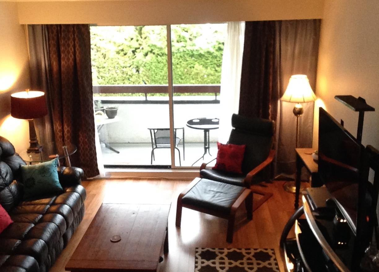 Photo 9: Photos: 210 515 ELEVENTH STREET in New Westminster: Uptown NW Condo for sale : MLS®# R2224542