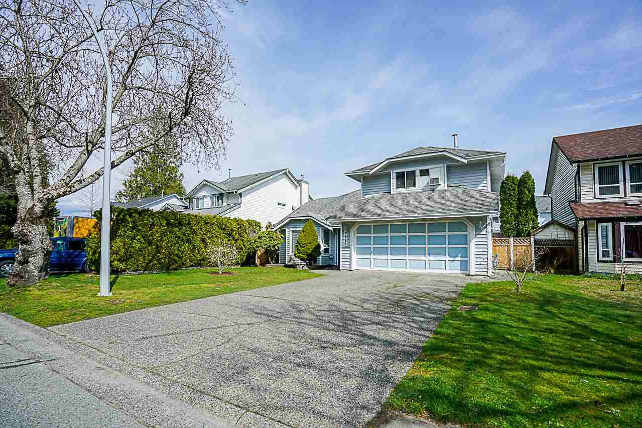 Main Photo: 9684 151 Street in Surrey: Guildford House for sale (North Surrey)  : MLS®# R2251558