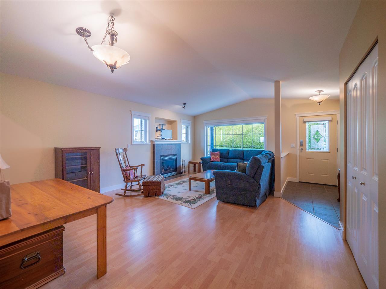 Photo 7: Photos: 5708 EMILY Way in Sechelt: Sechelt District House for sale (Sunshine Coast)  : MLS®# R2328606