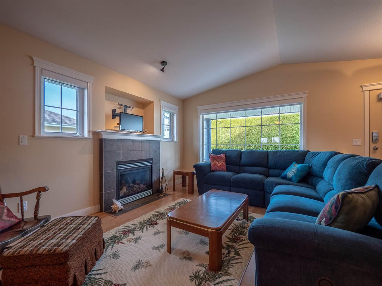Photo 6: Photos: 5708 EMILY Way in Sechelt: Sechelt District House for sale (Sunshine Coast)  : MLS®# R2328606