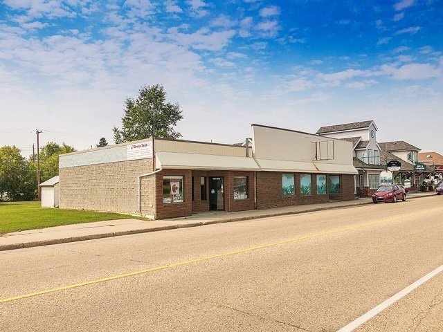 Main Photo: 4908 50 Street: Millet Office for sale : MLS®# E4155207