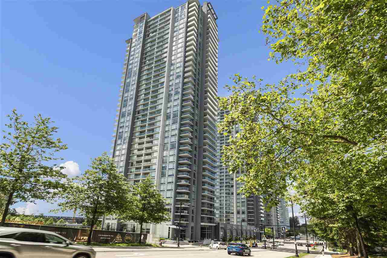 "Main Photo: 2715 13750 100 Avenue in Surrey: Whalley Condo for sale in ""PARK AVENUE"" (North Surrey)  : MLS®# R2379660"
