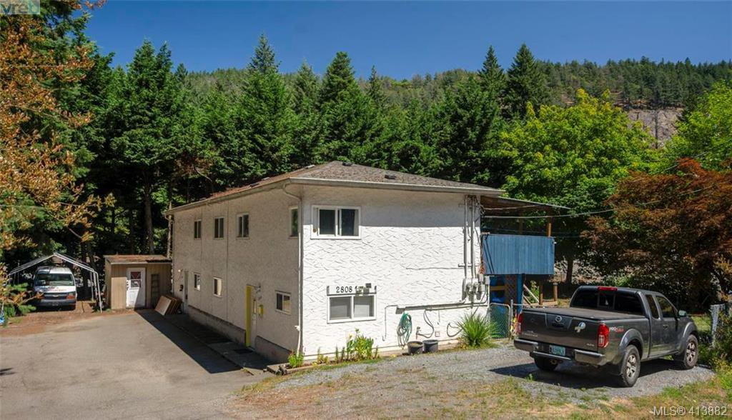 Main Photo: 2810 Sooke Lake Road in VICTORIA: La Goldstream Half Duplex for sale (Langford)  : MLS®# 413882