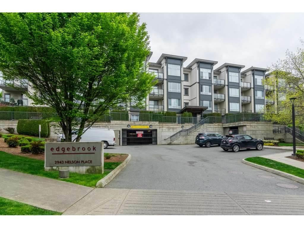 Main Photo: 118 2943 NELSON Place in Abbotsford: Central Abbotsford Condo for sale : MLS®# R2411258