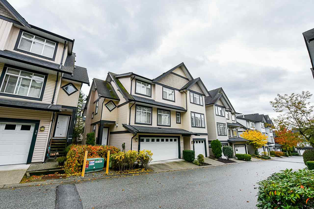 """Main Photo: 26 19932 70 Avenue in Langley: Willoughby Heights Townhouse for sale in """"Summerwood"""" : MLS®# R2414284"""