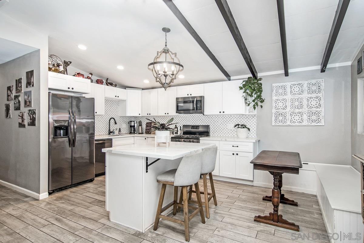 Main Photo: LA MESA House for sale : 4 bedrooms : 6001 Nancy Dr.