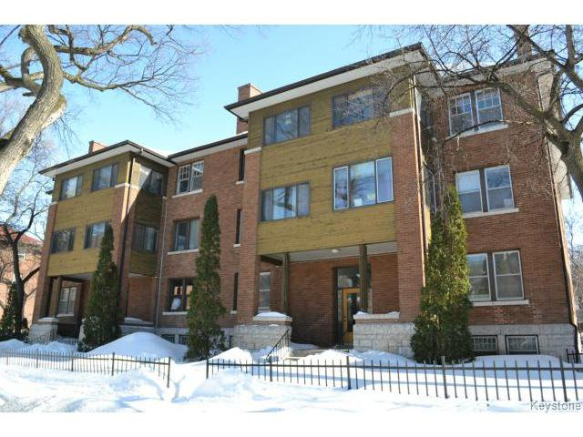 Main Photo: 738 DORCHESTER Avenue in WINNIPEG: Crescentwood Condominium for sale (South Winnipeg)  : MLS®# 1405437