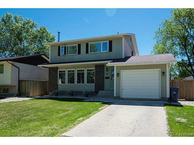 Main Photo: 30 Hawkins Crescent in WINNIPEG: St Vital Residential for sale (South East Winnipeg)  : MLS®# 1516347