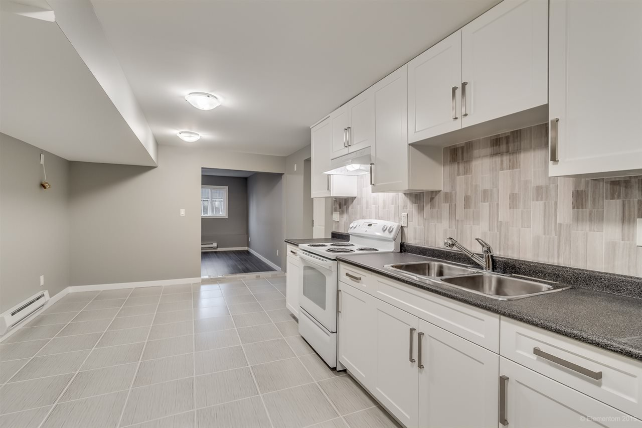Photo 5: Photos: 923 THERMAL Drive in Coquitlam: Chineside House for sale : MLS®# R2017629