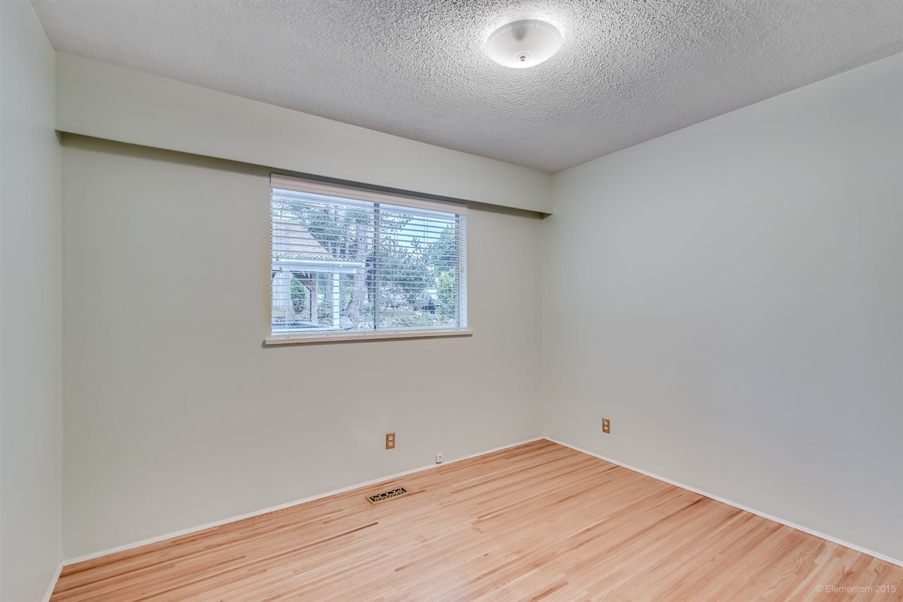 Photo 19: Photos: 923 THERMAL Drive in Coquitlam: Chineside House for sale : MLS®# R2017629