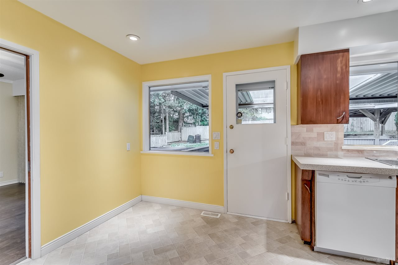 Photo 15: Photos: 923 THERMAL Drive in Coquitlam: Chineside House for sale : MLS®# R2017629