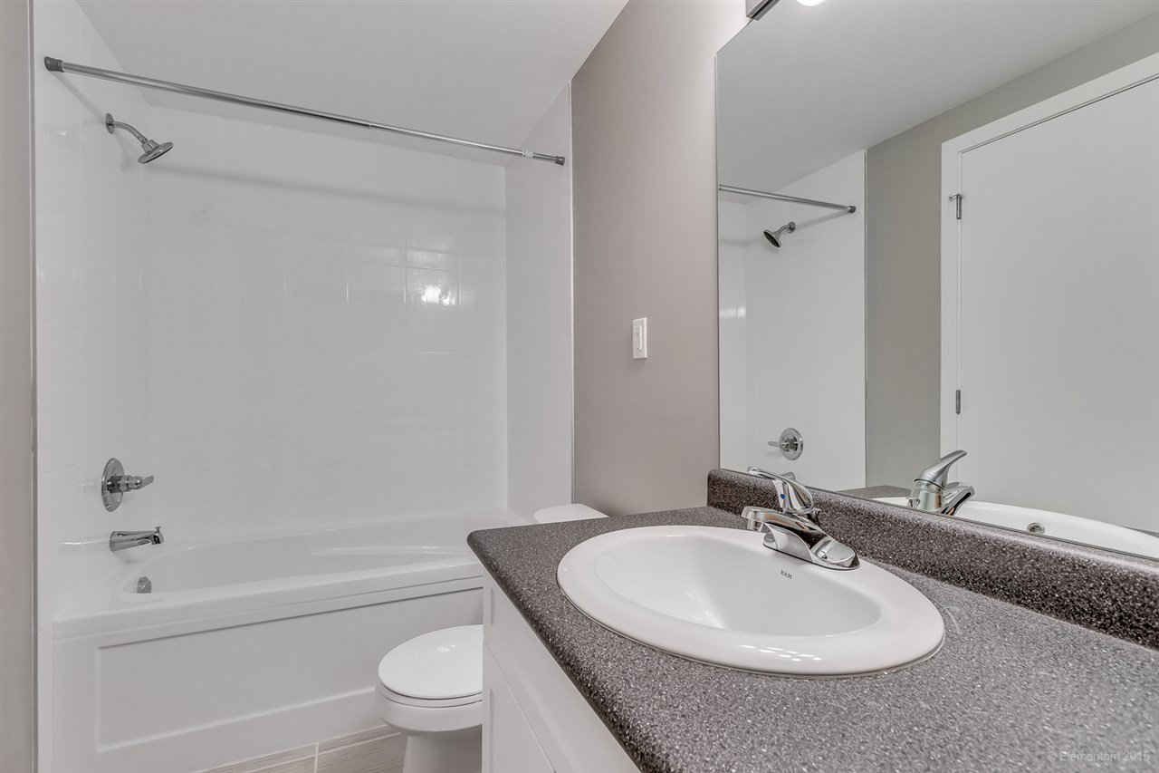 Photo 8: Photos: 923 THERMAL Drive in Coquitlam: Chineside House for sale : MLS®# R2017629