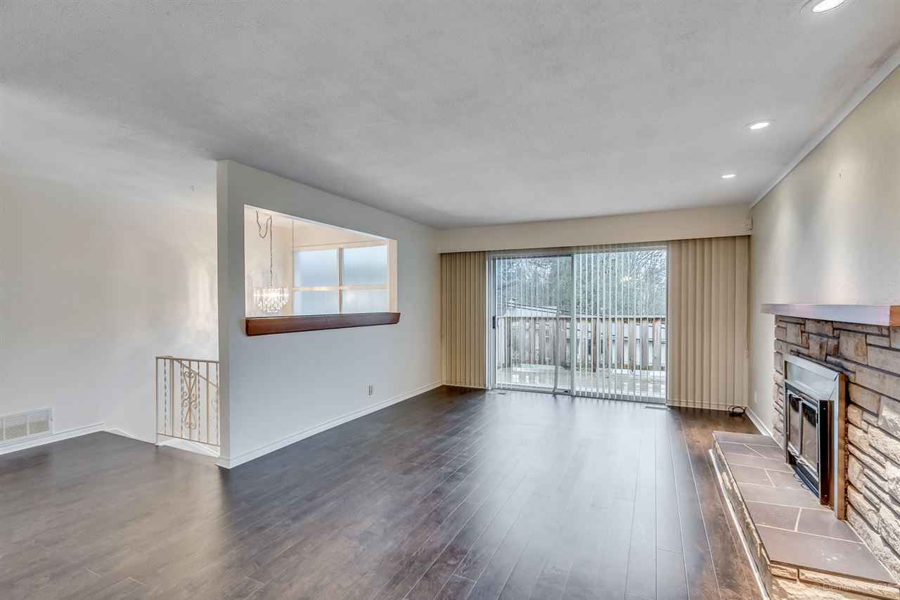 Photo 11: Photos: 923 THERMAL Drive in Coquitlam: Chineside House for sale : MLS®# R2017629
