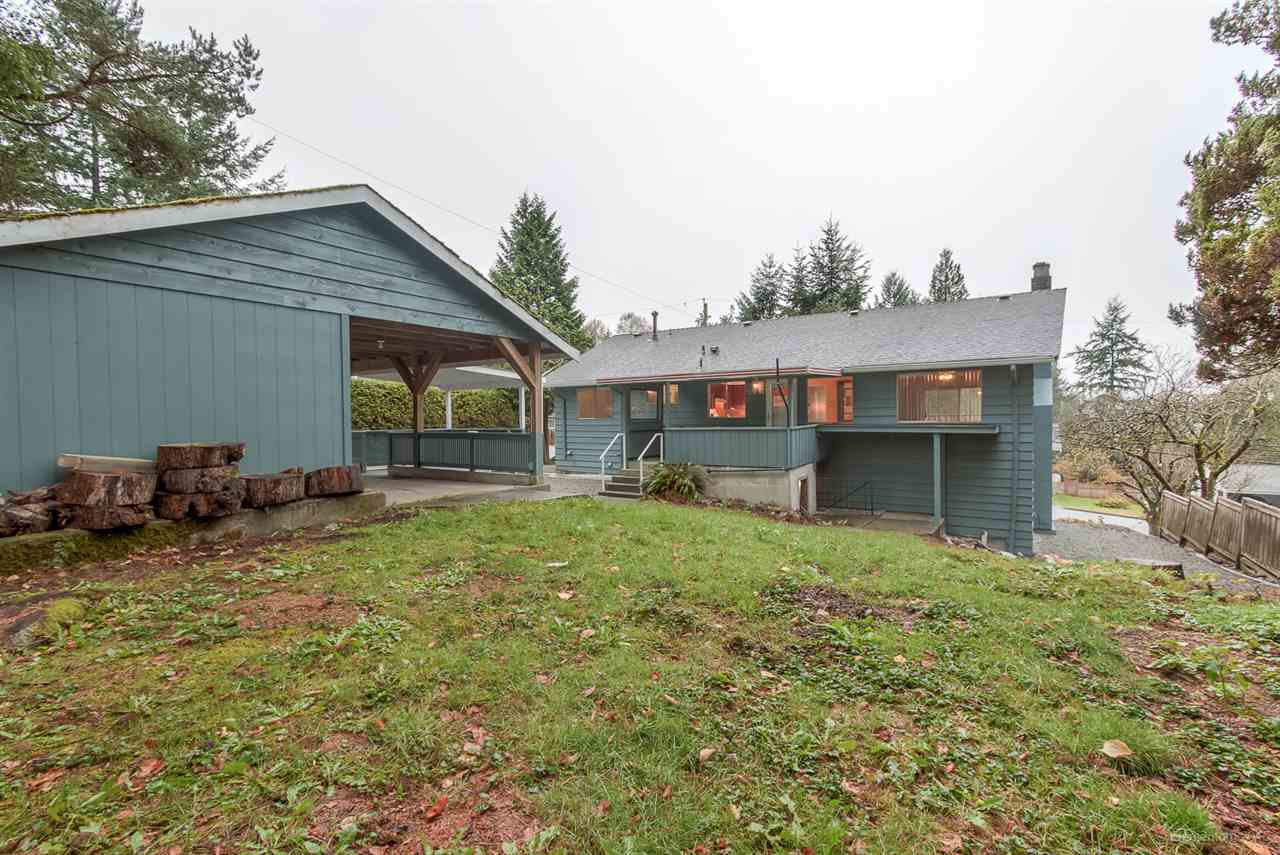 Photo 3: Photos: 923 THERMAL Drive in Coquitlam: Chineside House for sale : MLS®# R2017629
