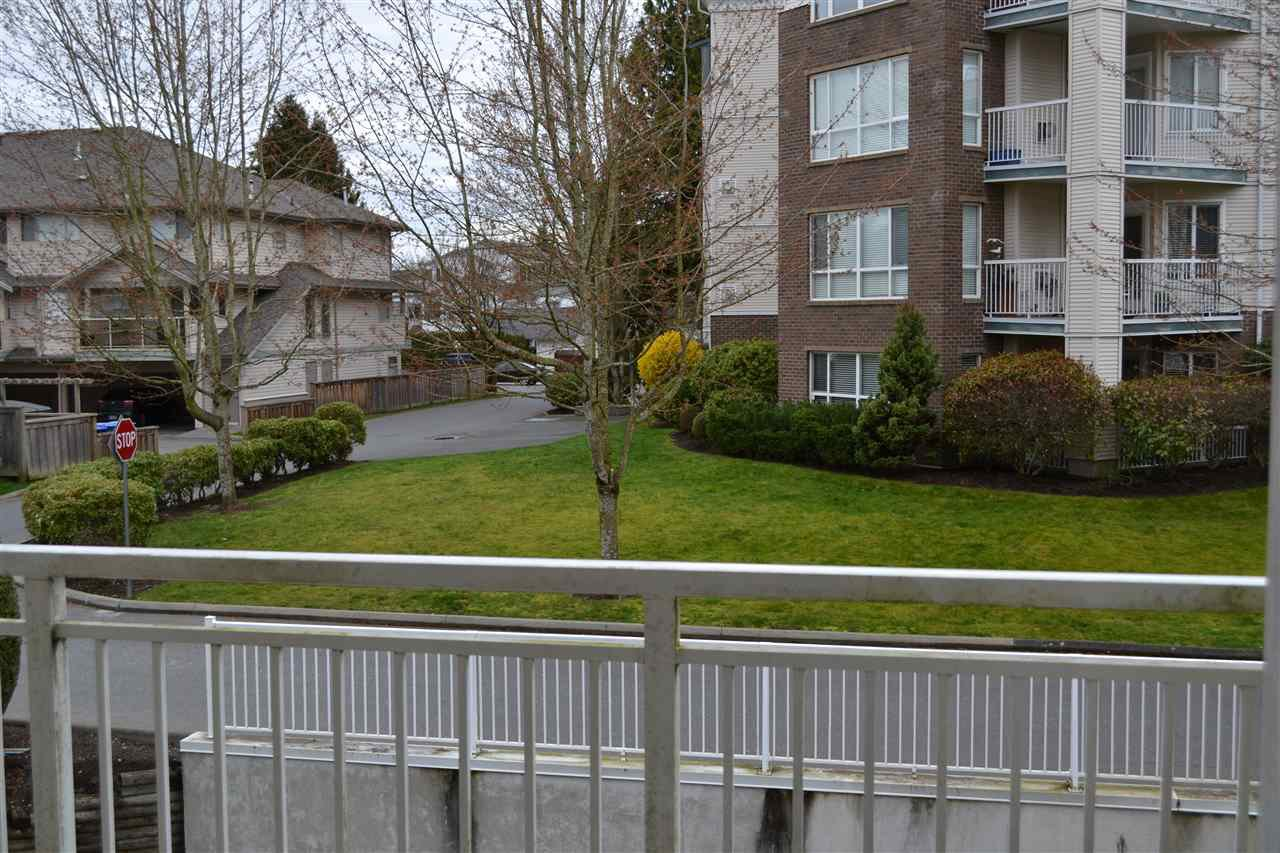 "Photo 18: Photos: 208 20189 54 Avenue in Langley: Langley City Condo for sale in ""CATALINA GARDENS"" : MLS®# R2044677"