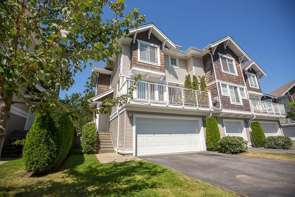 """Main Photo: 73 20760 DUNCAN Way in Langley: Langley City Townhouse for sale in """"WYNDHAM LANE"""" : MLS®# R2101969"""