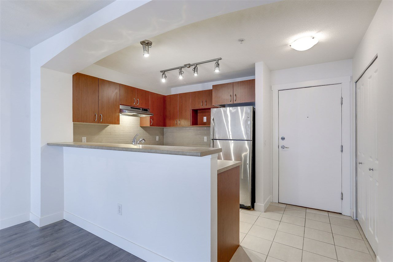 Photo 3: Photos: 301 9098 HALSTON Court in Burnaby: Government Road Condo for sale (Burnaby North)  : MLS®# R2138528