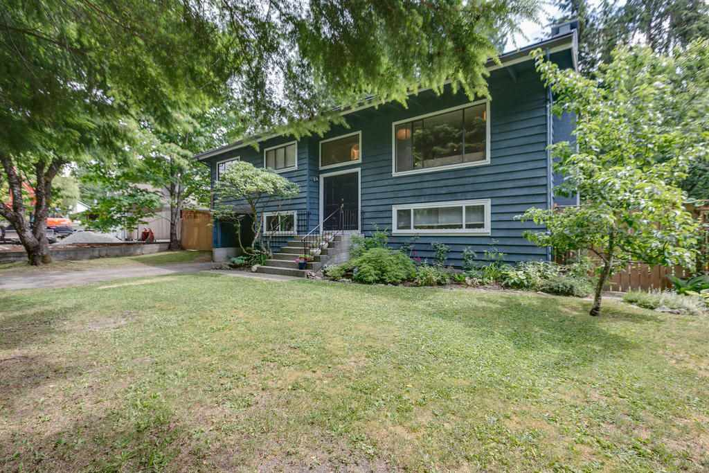 "Main Photo: 40536 N HIGHLANDS Way in Squamish: Garibaldi Highlands House for sale in ""Garibaldi Highlands"" : MLS®# R2186867"