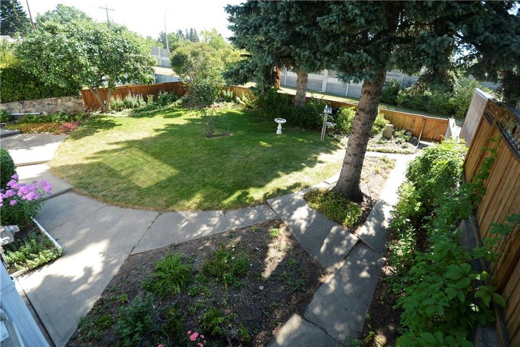 Photo 14: Photos: 4532 NAMAKA Crescent NW in Calgary: North Haven House for sale : MLS®# C4129972