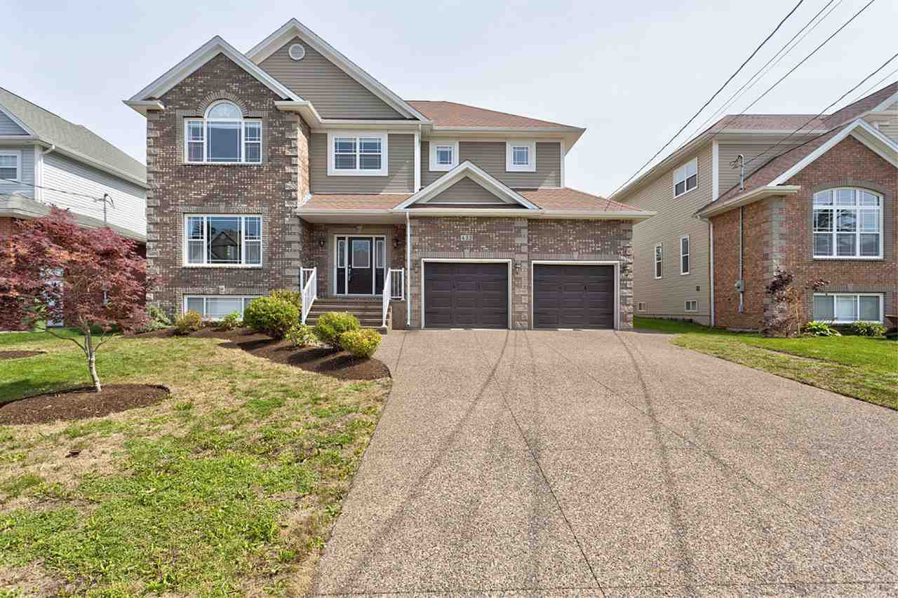 Photo 1: Photos: 432 Southgate Drive in Bedford: 20-Bedford Residential for sale (Halifax-Dartmouth)  : MLS®# 201722551