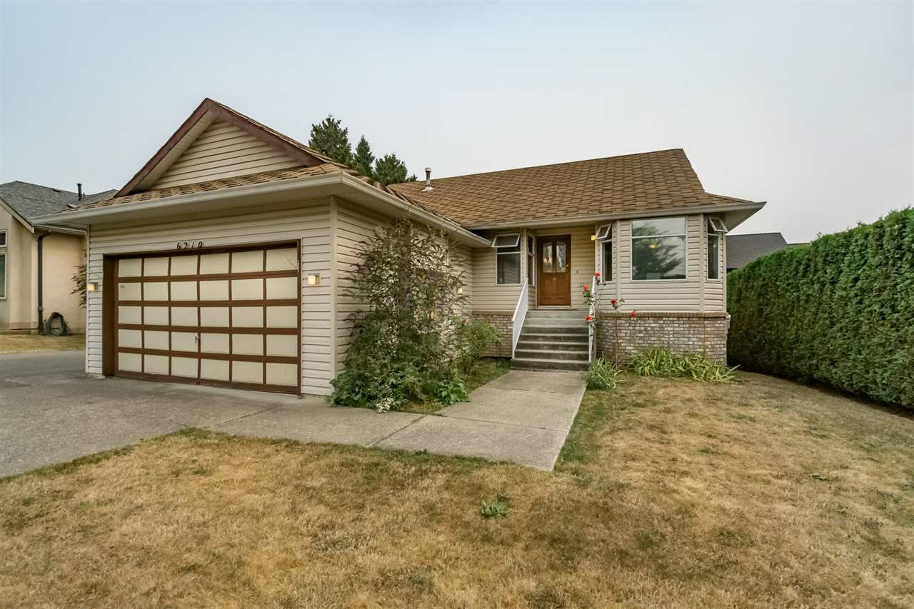 Main Photo: 6210 190 st in Surrey: Cloverdale BC House for sale : MLS®# R2203776