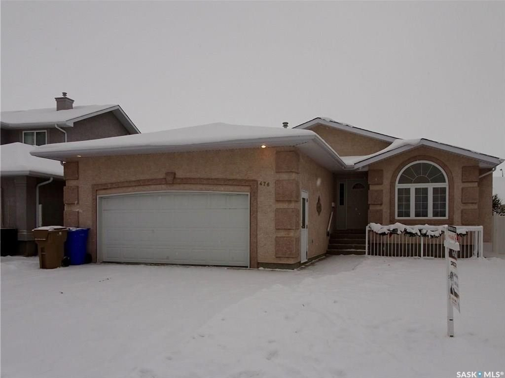 Main Photo: 476 Charlton Place North in Regina: Westhill RG Residential for sale : MLS®# SK713407