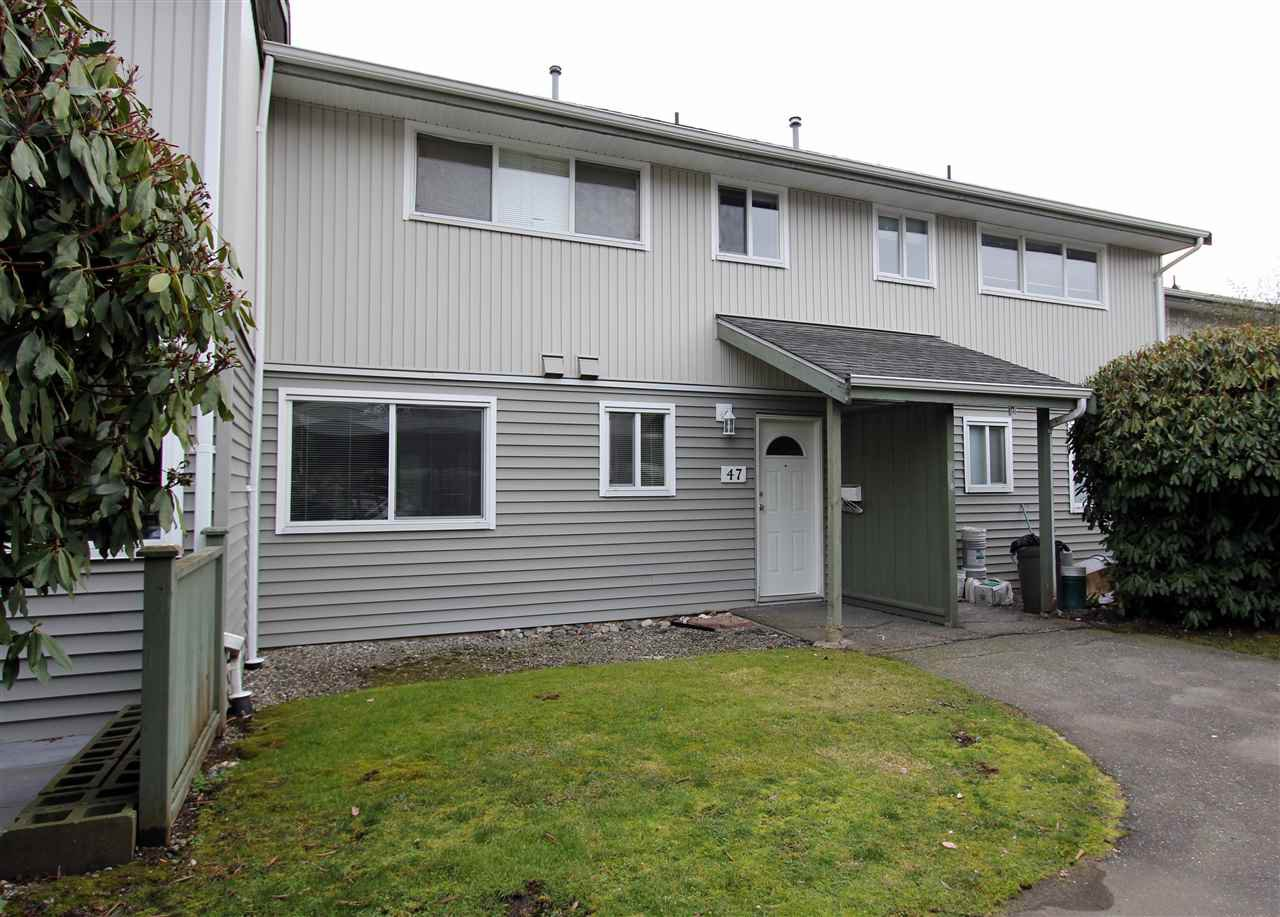 """Main Photo: 47 45185 WOLFE Road in Chilliwack: Chilliwack W Young-Well Townhouse for sale in """"TOWNSEND GREENS"""" : MLS®# R2245194"""