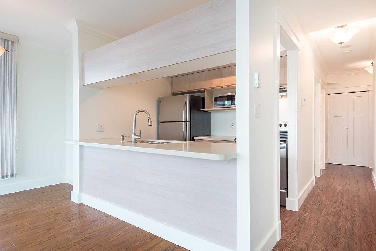 """Photo 6: Photos: 602 8871 LANSDOWNE Road in Richmond: Brighouse Condo for sale in """"Centre Pointe"""" : MLS®# R2254811"""