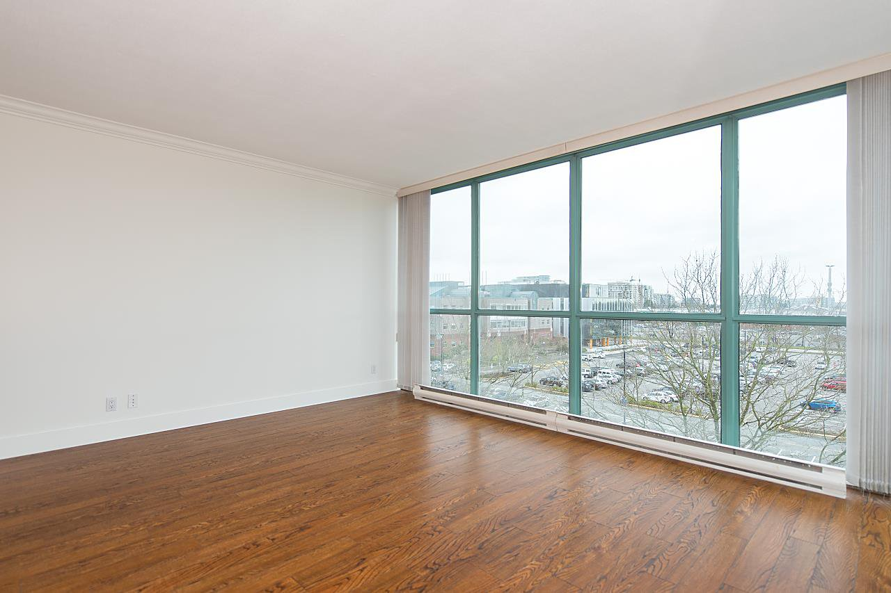 """Photo 3: Photos: 602 8871 LANSDOWNE Road in Richmond: Brighouse Condo for sale in """"Centre Pointe"""" : MLS®# R2254811"""