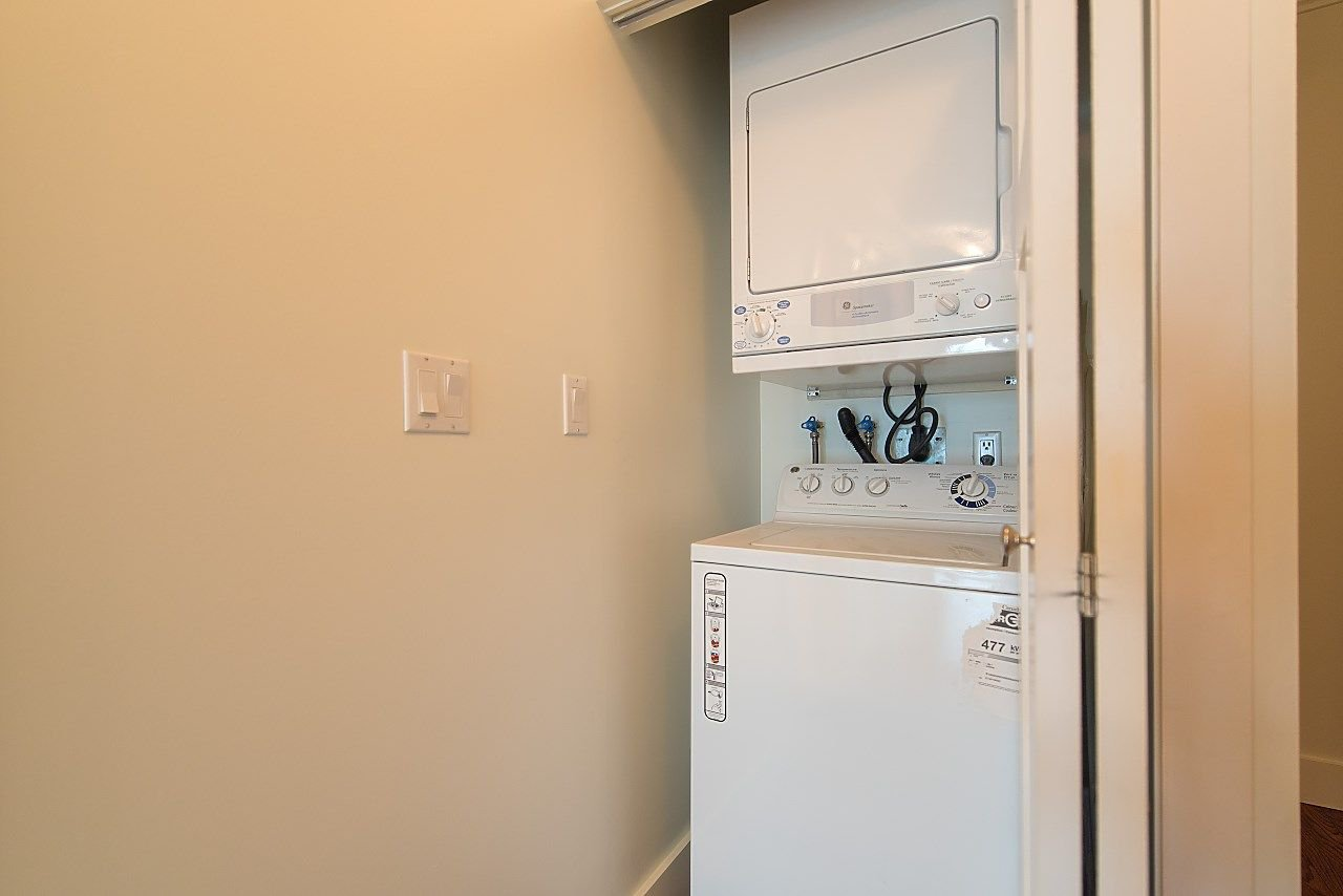 """Photo 13: Photos: 602 8871 LANSDOWNE Road in Richmond: Brighouse Condo for sale in """"Centre Pointe"""" : MLS®# R2254811"""