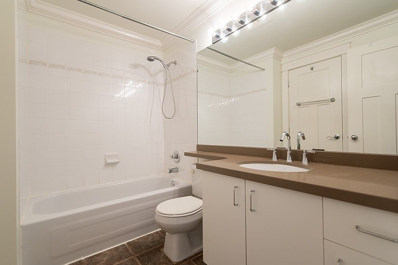 """Photo 11: Photos: 602 8871 LANSDOWNE Road in Richmond: Brighouse Condo for sale in """"Centre Pointe"""" : MLS®# R2254811"""