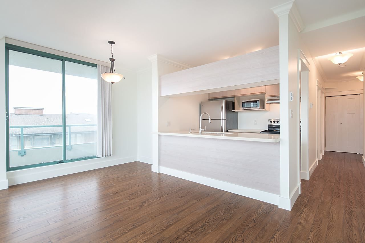 """Photo 5: Photos: 602 8871 LANSDOWNE Road in Richmond: Brighouse Condo for sale in """"Centre Pointe"""" : MLS®# R2254811"""