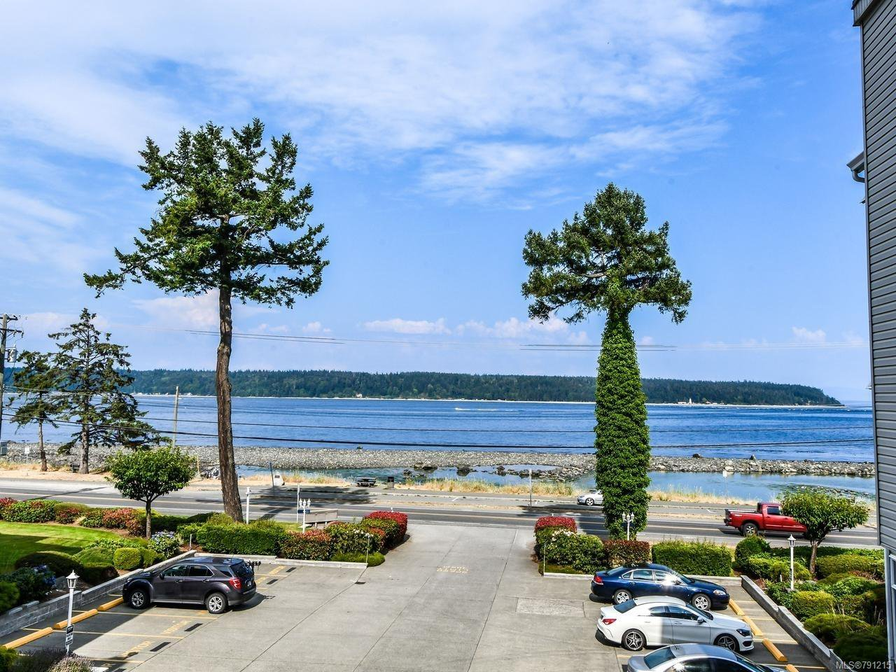 Main Photo: 307B 670 S ISLAND S Highway in CAMPBELL RIVER: CR Campbell River Central Condo for sale (Campbell River)  : MLS®# 791215