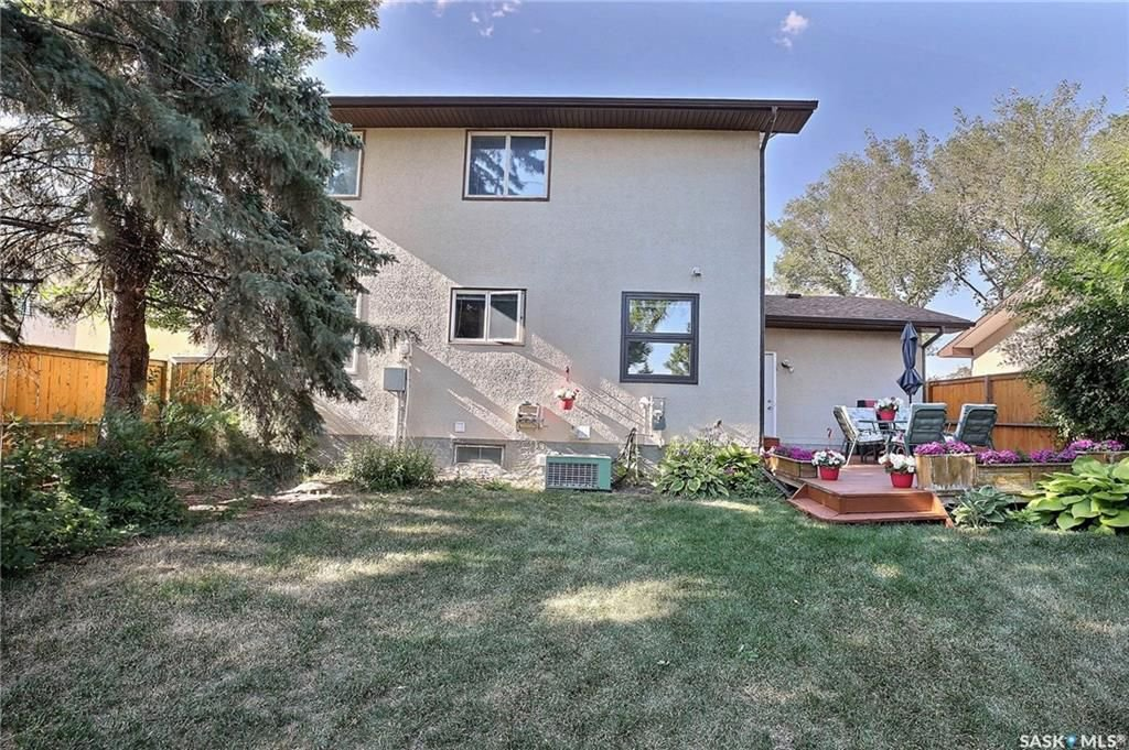 Photo 30: Photos: 63 Tremaine Avenue in Regina: Walsh Acres Residential for sale : MLS®# SK740824
