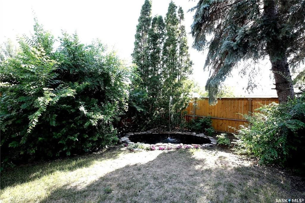 Photo 33: Photos: 63 Tremaine Avenue in Regina: Walsh Acres Residential for sale : MLS®# SK740824