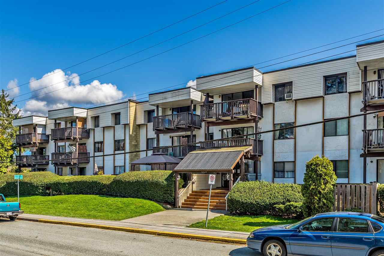 """Main Photo: 322 12170 222 Street in Maple Ridge: West Central Condo for sale in """"WILDWOOD TERRACE"""" : MLS®# R2341957"""