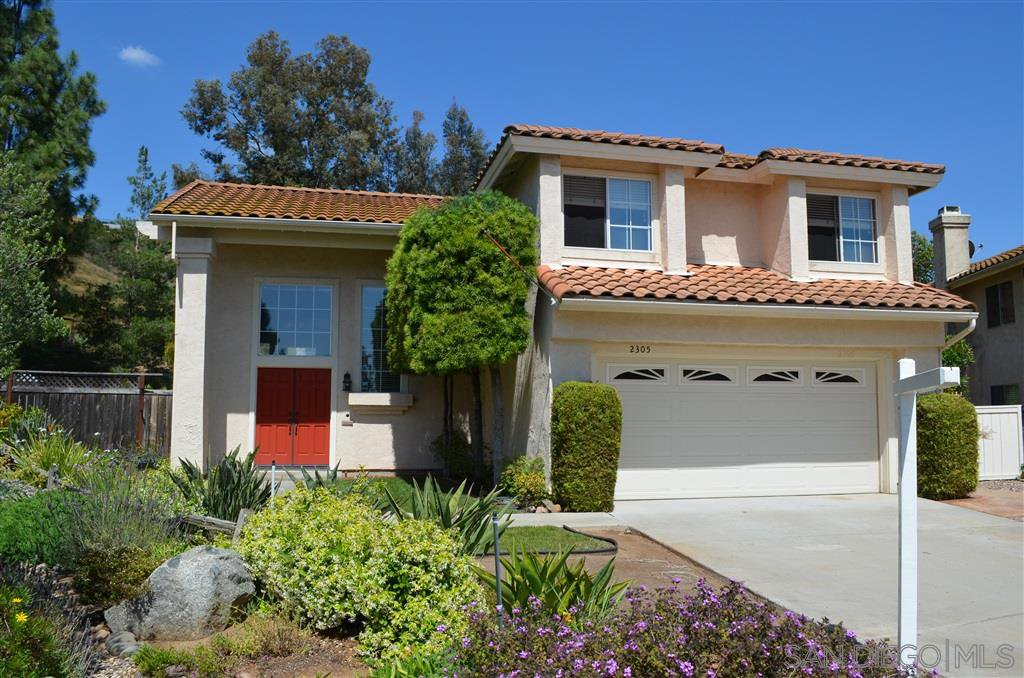 Main Photo: RANCHO SAN DIEGO House for sale : 4 bedrooms : 2305 Sawgrass St. in El Cajon