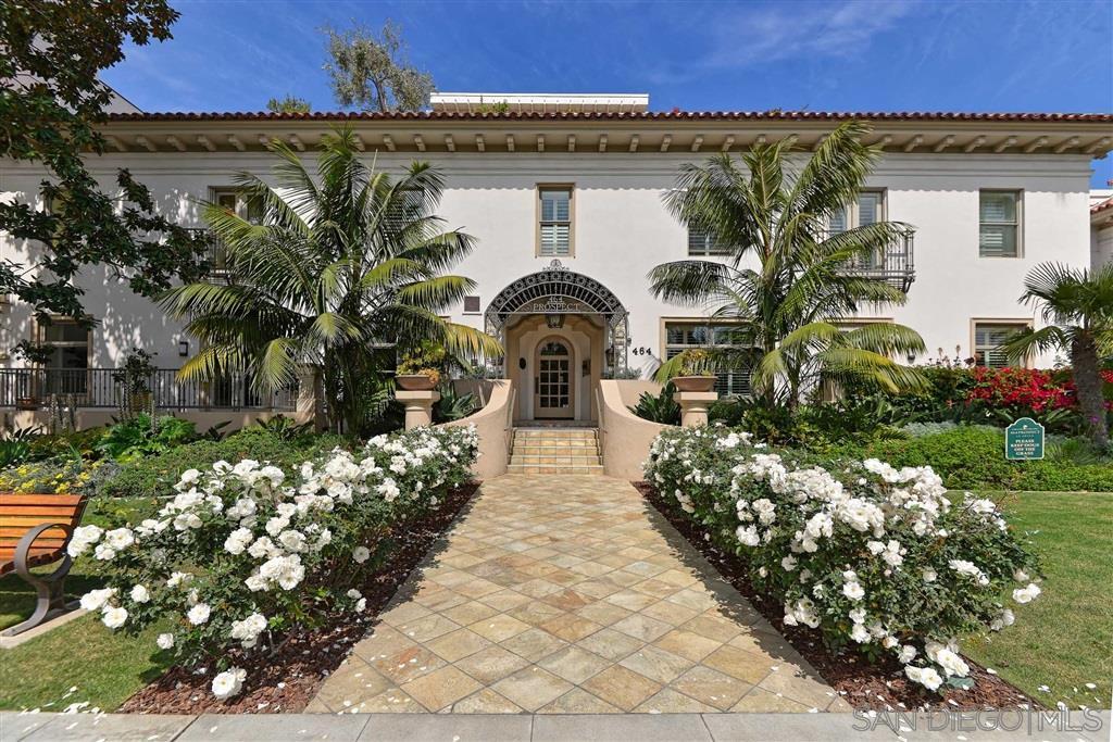 Main Photo: LA JOLLA Condo for sale : 3 bedrooms : 464 Prospect Street #501