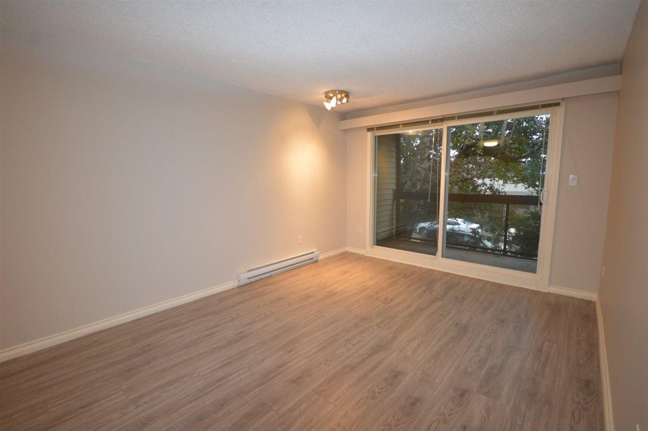 "Photo 12: Photos: 211 1429 E 4TH Avenue in Vancouver: Grandview Woodland Condo for sale in ""SANDCASTLE VILLA"" (Vancouver East)  : MLS®# R2411349"