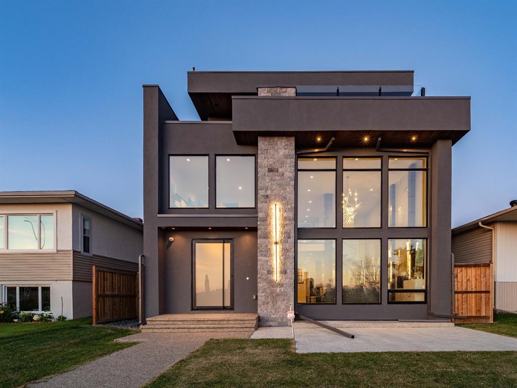 Main Photo: 122 13 Street NE in Calgary: Bridgeland/Riverside Detached for sale : MLS®# A1020453