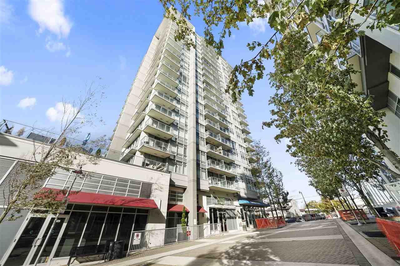 "Main Photo: 701 4815 ELDORADO Mews in Vancouver: Collingwood VE Condo for sale in ""2300 Kingsway"" (Vancouver East)  : MLS®# R2514097"