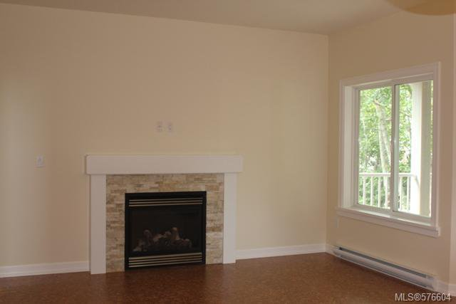 Photo 7: Photos: 113 6800 W Grant Rd in SOOKE: Sk Sooke Vill Core Half Duplex for sale (Sooke)  : MLS®# 576604