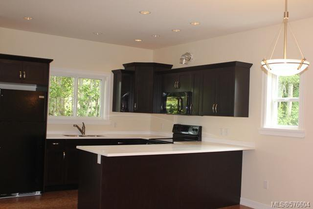 Photo 4: Photos: 113 6800 W Grant Rd in SOOKE: Sk Sooke Vill Core Half Duplex for sale (Sooke)  : MLS®# 576604