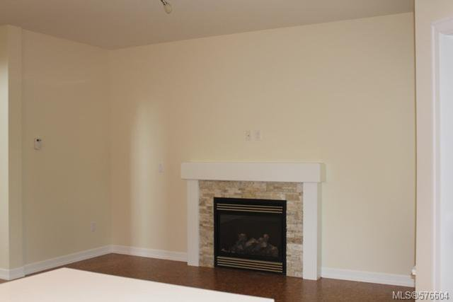 Photo 6: Photos: 113 6800 W Grant Rd in SOOKE: Sk Sooke Vill Core Half Duplex for sale (Sooke)  : MLS®# 576604