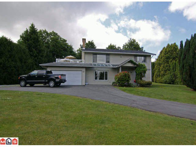 """Main Photo: 17392  HILLVIEW PL in Surrey: Grandview Surrey House for sale in """"Country Woods"""" (South Surrey White Rock)  : MLS®# F1115403"""