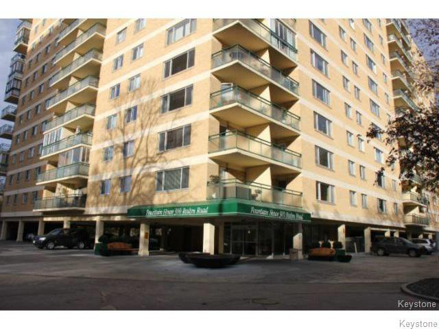 Main Photo: 300 Roslyn Road in WINNIPEG: Fort Rouge / Crescentwood / Riverview Condominium for sale (South Winnipeg)  : MLS®# 1501407