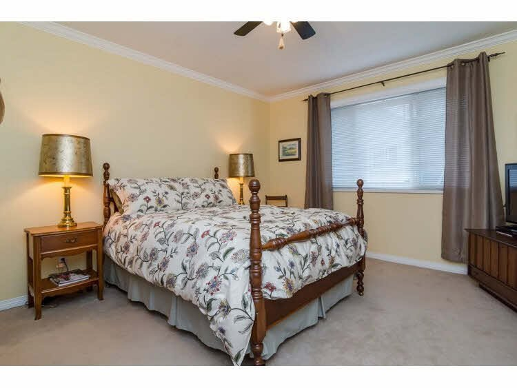 """Photo 12: Photos: 2 20875 88 Avenue in Langley: Walnut Grove Townhouse for sale in """"TERRACE PARK"""" : MLS®# F1450324"""
